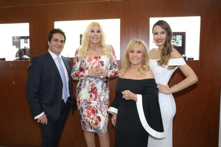Adrián Beker, Susana Giménez, Edith Miroznik y Carolina Pampita Ardohain