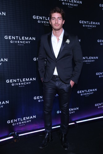 Vico Dalessandro en el cocktail party de The New Gentleman de Givenchy
