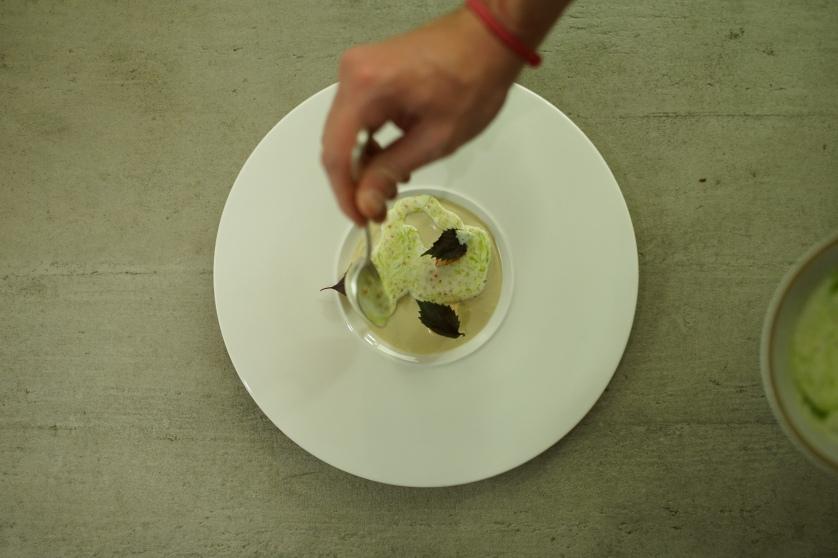 Paulo terminando su plato (1)