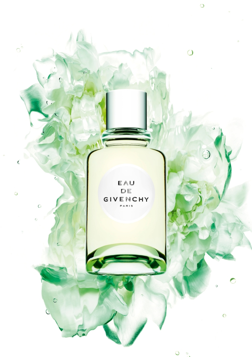 EAU DE GIVENCHY 2018 STILL LIFE VISUAL