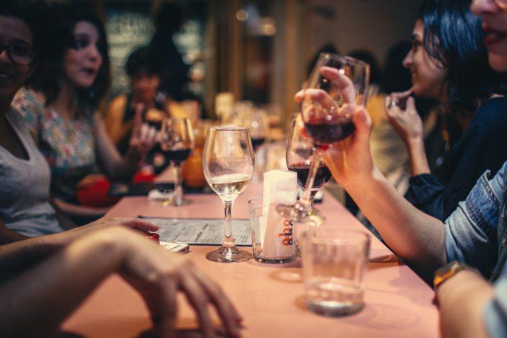 adult-bar-blur-696218