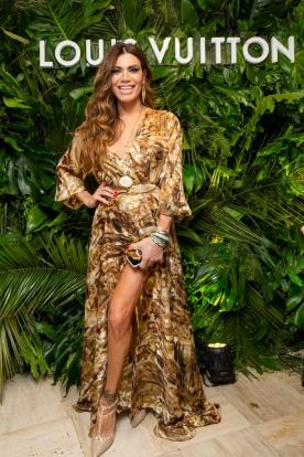 Flor de la V, fanática de Louis Vuitton, asistió a la apertura de la tienda en Patio Bullrich