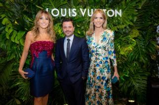 Patricia y Rosella della Giovampaola junto con Alexandre Frota, CEO de Louis Vuitton América del Sur