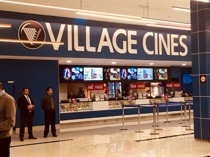 Luján Walk_Village Cines