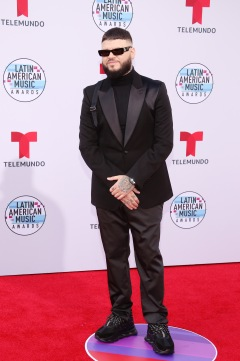 """2019 LATIN AMERICAN MUSIC AWARDS -- """"Red Carpet"""" Pictured: Farruko at the Dolby Theatre in Hollywood, CA on October 17, 2019 -- (Photo by: Jesse Grant/Telemundo)"""