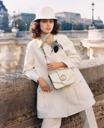 03 LV Pont 9 shoulder bag in Creme calf leather