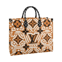 OnTheGo tote LV Crafty caramel _ cream, in Monogram coated canvas